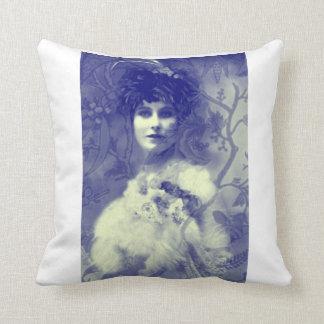 Blauer Entwurfs-Vintage Dame, altes Foto Zierkissen