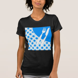 Blauer Gingham u. Tischbesteck T-Shirt