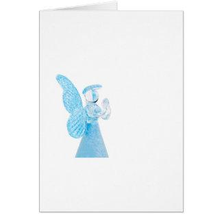 Blauer Glasengel, der auf weißem Hintergrund betet Grußkarte