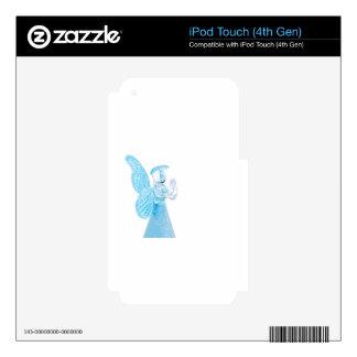 Blauer Glasengel, der auf weißem Hintergrund betet iPod Touch 4G Skin