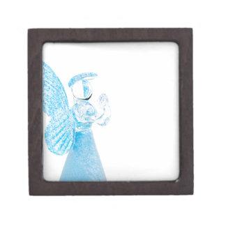Blauer Glasengel, der auf weißem Hintergrund betet Premium Geschenkbox