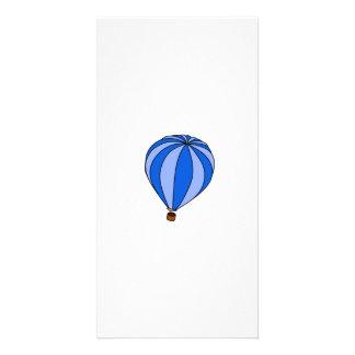 Blauer Heißluftballon-Cartoon Photo Karte