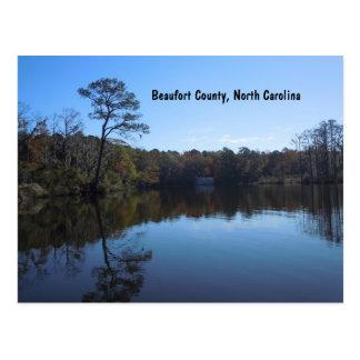 Blauer Himmel-Reflexionen - Beaufort County, NC Postkarte