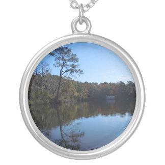 Blauer Himmel-Reflexionen - Beaufort County, NC Versilberte Kette