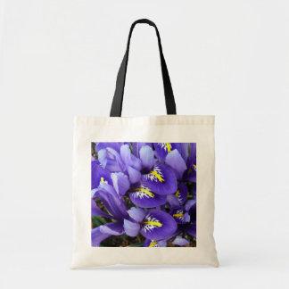 Blauer Iris-Miniaturfrühling mit Blumen Tragetasche