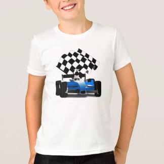 Blauer Rennwagen mit Zielflagge T-Shirt