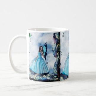 Blauer romantischer Schmetterlings-feenhafte Kaffeetasse