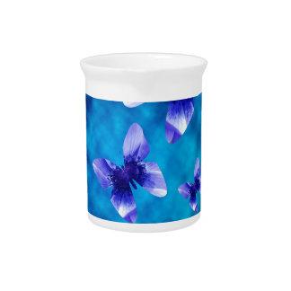 Blauer Schmetterlings-Sommer Krug