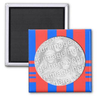 blauer und roter gestreifter Fotorahmen Quadratischer Magnet