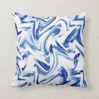 Blauer und weißer Watercolor abstrakt Kissen