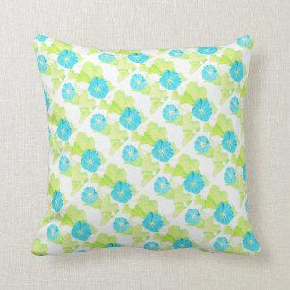 Blauer Winden-Garten (mit Grünrückseite) Kissen