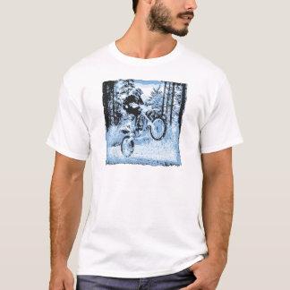 blaues dirtbike, das in woods1 12x sich dreht T-Shirt