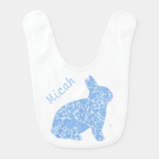 Blaues Häschen-personalisierter Baby-Schellfisch Lätzchen