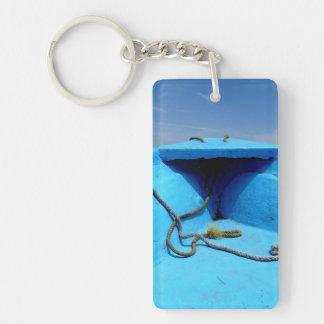 Blaues Kanu mit Seil Schlüsselanhänger