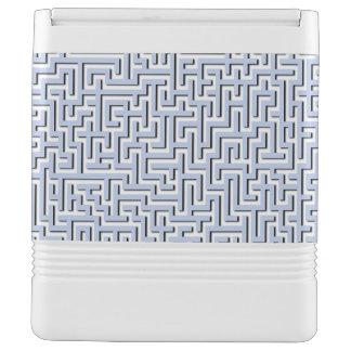 Blaues Labyrinth Alices in einem englischen Igloo Kühlbox