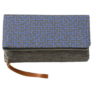Blaues Labyrinth gemustert Clutch