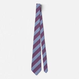 Blaues und lila gestreiftes krawatte