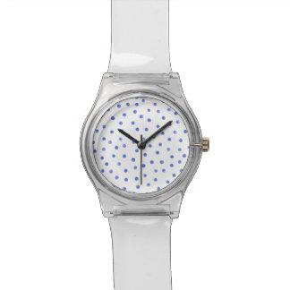 Blaues und weißes Confetti-Punkt-Muster Uhr