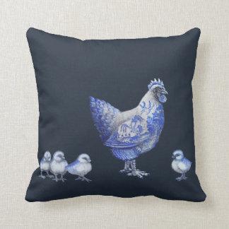 Blaues Weide-Henne-und Kükenreversible-Kissen Kissen