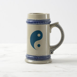 Blaues Yin Yang Taoist-Symbol Bierglas