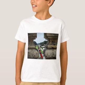 Blick des Nymphenburg Gartens T-Shirt