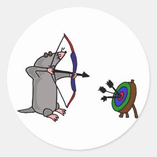 Blinde Mole DE im Bogenschießen-Wettbewerb Runder Aufkleber
