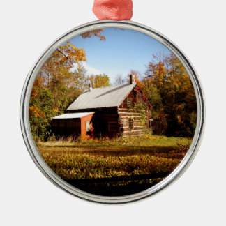 Blockhaus im Holz Silbernes Ornament