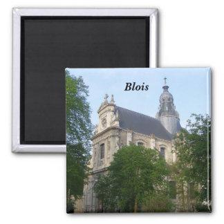 Blois - quadratischer magnet