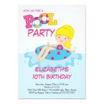 Blonde Mädchen-Geburtstags-Sommer-Pool-Party Personalisierte Ankündigungskarte