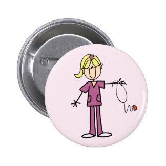 Blonde weibliche Strichmännchen-Krankenschwester-T Runder Button 5,7 Cm
