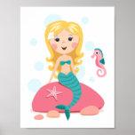 Blondes Meerjungfrau-Cartoonmädchen mit Starfish-S Poster