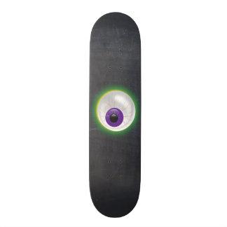 Bloodshot sich hin- und herbewegendes 19,1 cm old school skateboard deck