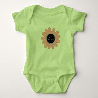 Blühende Baby-Ausstattung Baby Strampler
