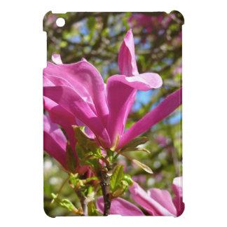 Blühende lila Magnolie iPad Mini Hülle