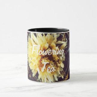 Blühende Tee-Tasse Tasse