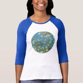 Blühender Mandelbaum durch Van Gogh T-Shirt