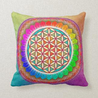 Blume des Lebens - Regenbogenlotos I Kissen