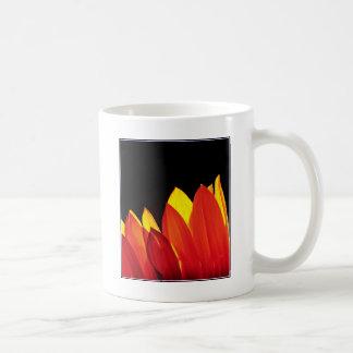 Blume DSC03693 in Flames.jpg Kaffeetasse