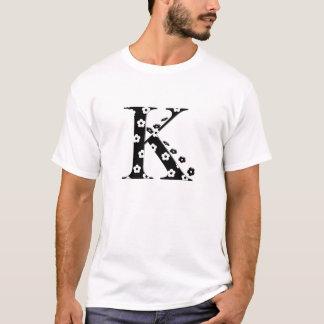 Blume gemusterter Buchstabe K T-Shirt