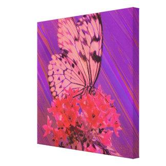 Blume und Schmetterling in rosa und in Lila Leinwanddruck