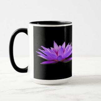 Blumen auf Schwarzem Tasse