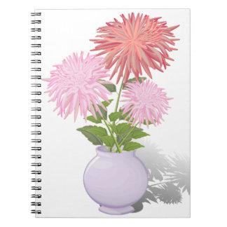 Blumen-Dahlien in einem Vase Spiral Notizblock