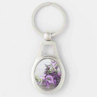 Blumen in den Lavendelschatten mit Musik Schlüsselanhänger