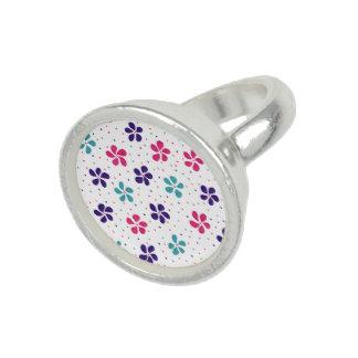 Blumen und Punkt-Muster Foto Ringe