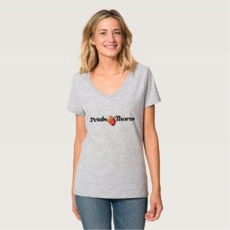 Blumenblätter u. Dornen V-Hals T-Shirt