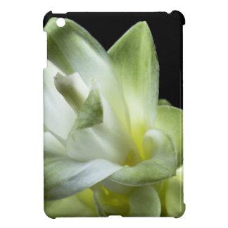 Blumenblüten bilden weißer Liebe-Kuss iPad Mini Cover