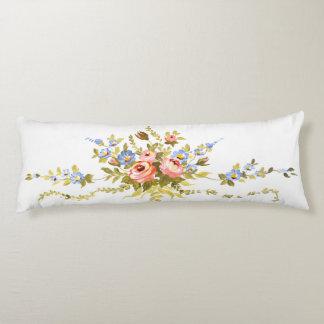 Blumenbürsten-Rokokos, die romantisches elegantes Seitenschläferkissen