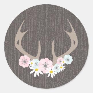 Blumengeweihe + Scheunen-Holz-Aufkleber Runder Aufkleber