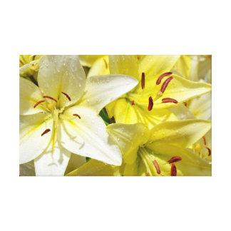 BlumenLeinwanddruck der gelben Lilie Gespannte Galeriedrucke