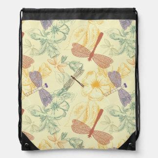 Blumenmuster im Vintagen Artlibellenlaub Turnbeutel